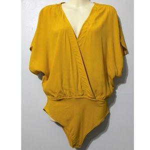 Women's Forever 21 mustard bodysuit blouse XL NWT
